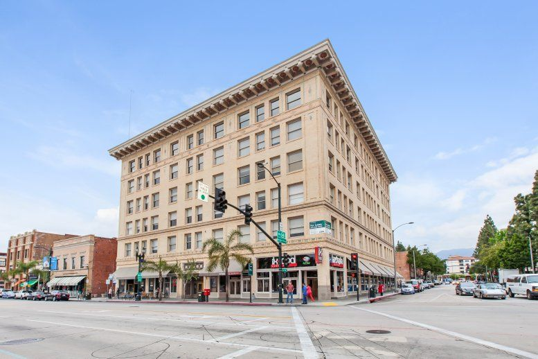 Chamber of Commerce Building available for companies in Pasadena
