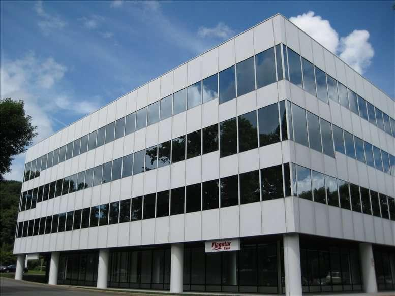 100 Mill Plain Rd available for companies in Danbury