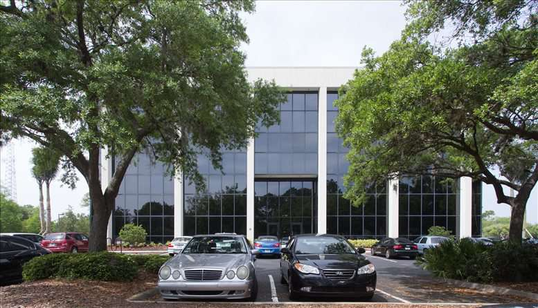 9800 4th Street N available for companies in St Petersburg
