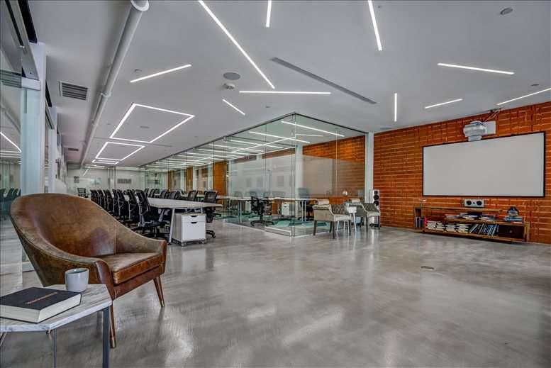 113 N San Vicente Boulevard, Beverly Hills, 2nd Floor Office Space - Los Angeles