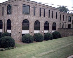 2820 Columbiana Rd available for companies in Birmingham