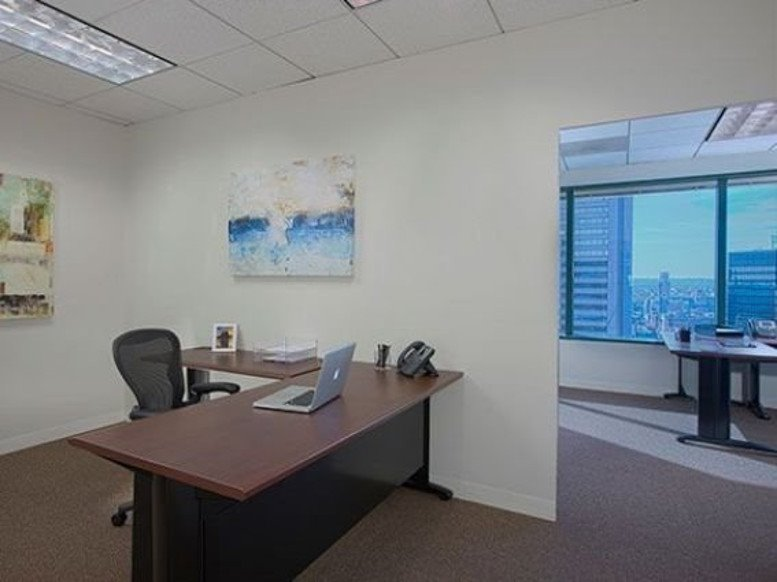 Harbor Place Tower, 111 South Calvert Street, Inner Harbor Office Space - Baltimore