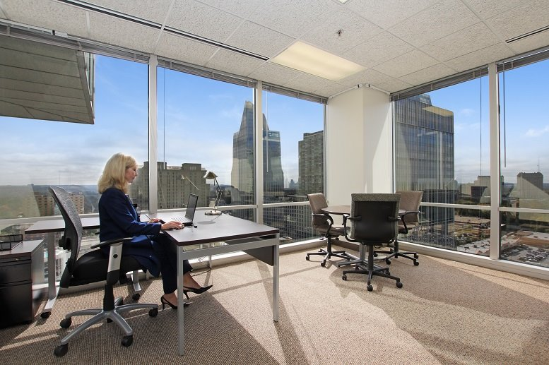 Del Amo Crossing @ Del Amo Financial Center available for companies in Torrance
