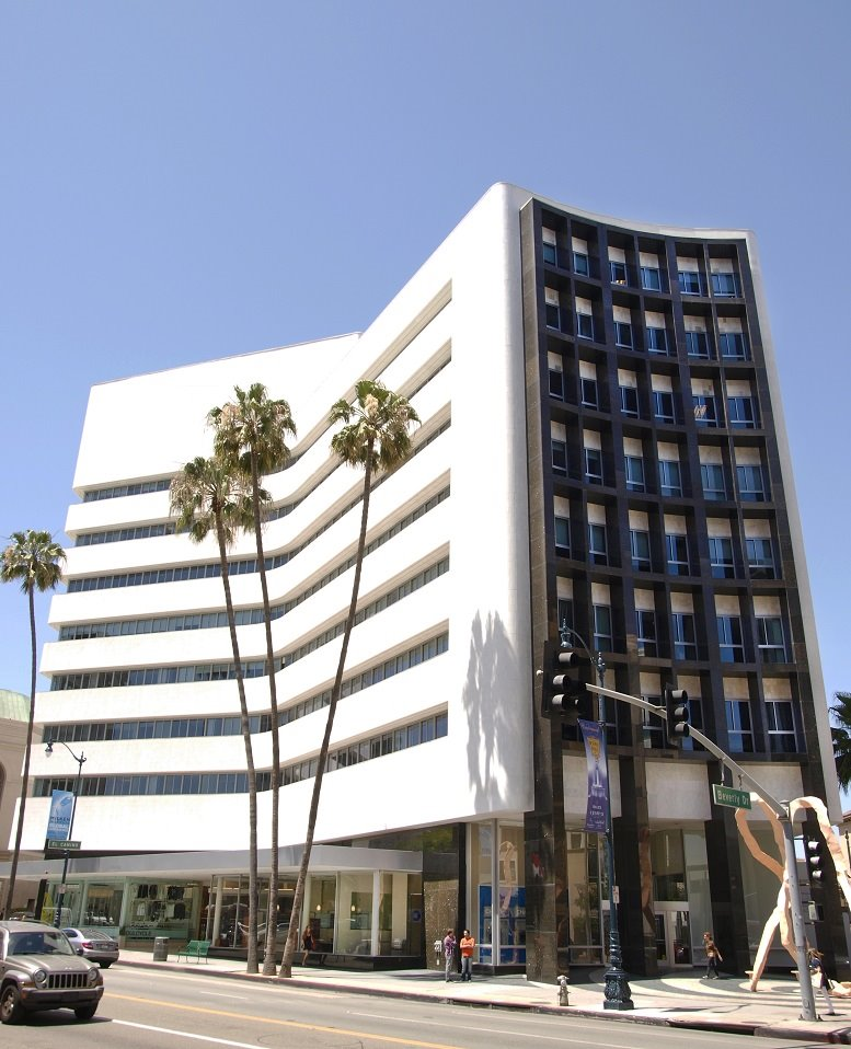 9465 Wilshire Blvd Office Space - Beverly Hills
