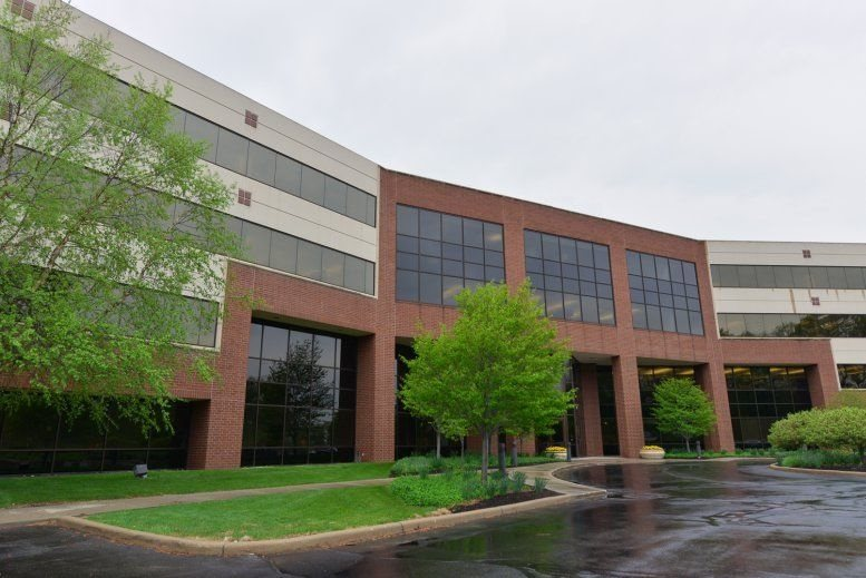 Crosspoint Plaza One available for companies in Indianapolis