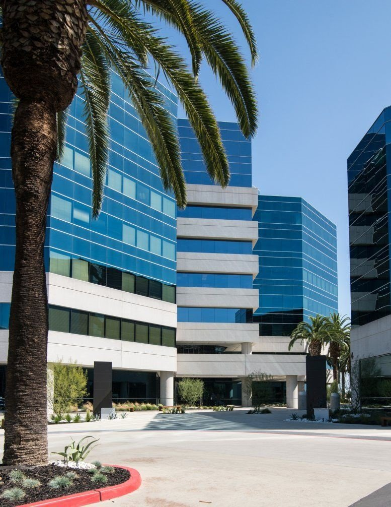 6 Centerpointe Drive, Suite 700 Office Space - La Palma