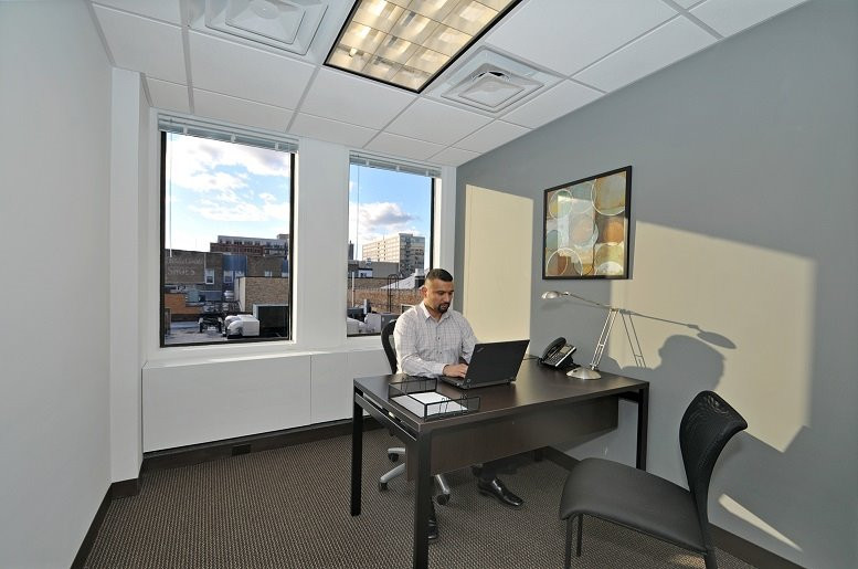 1010 Lake St Office Images