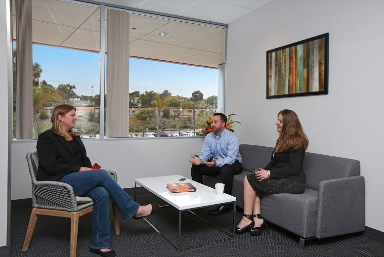 Solana Crossing, 440 Stevens Ave Office Images