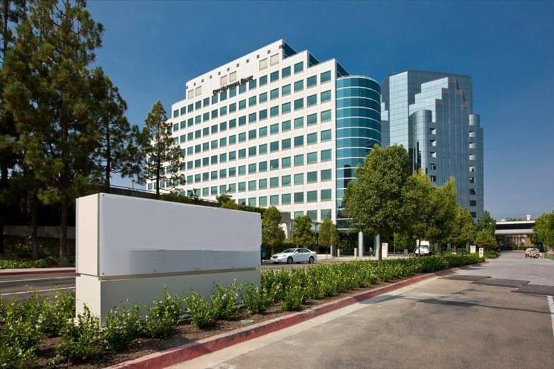 La Jolla Square, 4275 Executive Square Office Space - San Diego