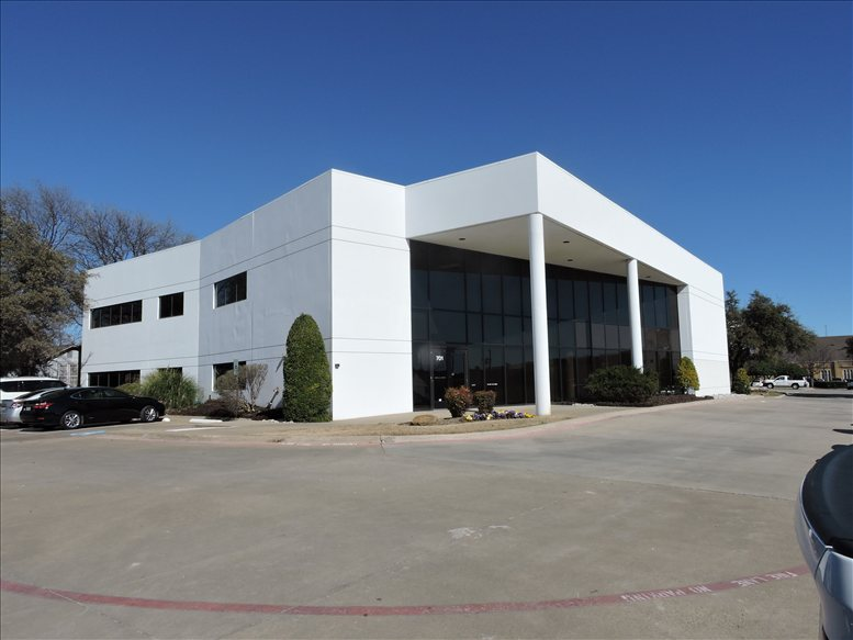 701 E 15th Street available for companies in Plano