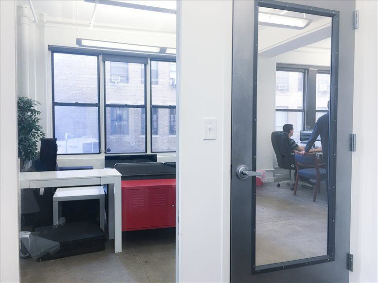 242 W 30th St, Penn Station, Chelsea, Midtown, Manhattan Office for Rent in NYC