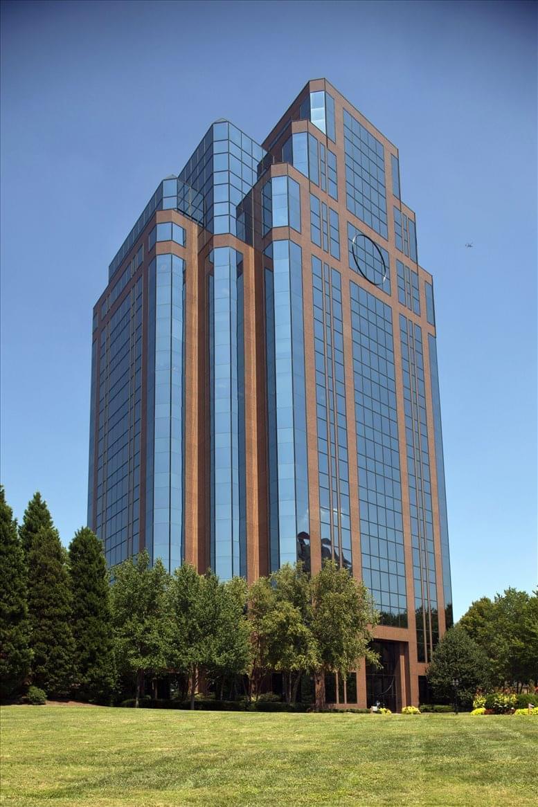 Crown Pointe, 1050 Crown Pointe Pkwy, Dunwoody Office Space - Atlanta