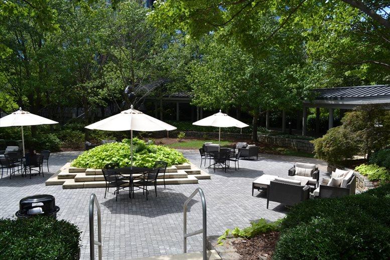 Crown Pointe, 1050 Crown Pointe Pkwy, Dunwoody Office for Rent in Atlanta