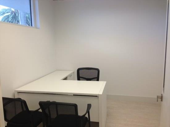 Photo of Office Space on 2719 Hollywood Blvd Hollywood
