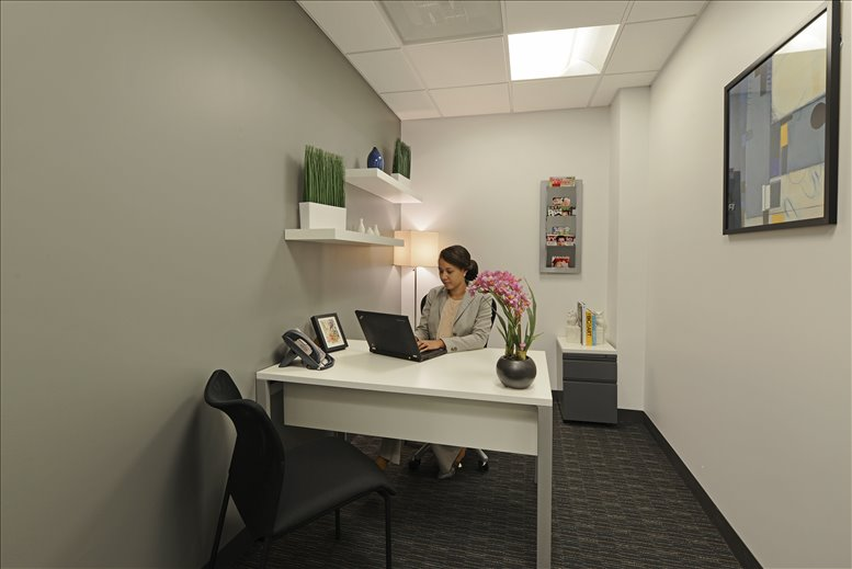 Photo of Office Space on Regions Bank Tower, 111 North Orange Avenue Orlando