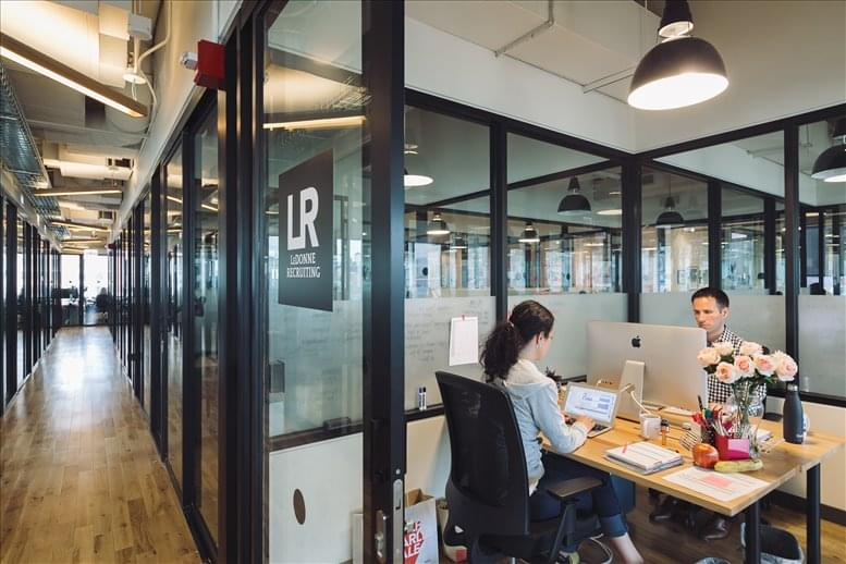 111 W Illinois St, River North Office for Rent in Chicago