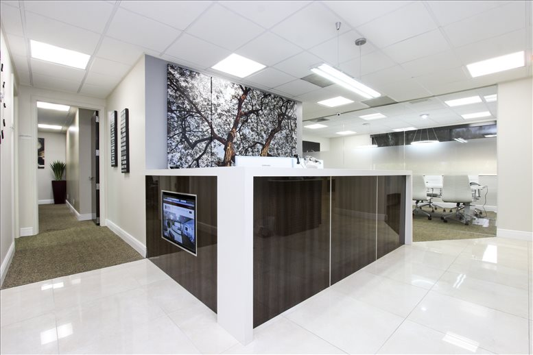 Office for Rent on 1021 Ives Dairy Rd Miami