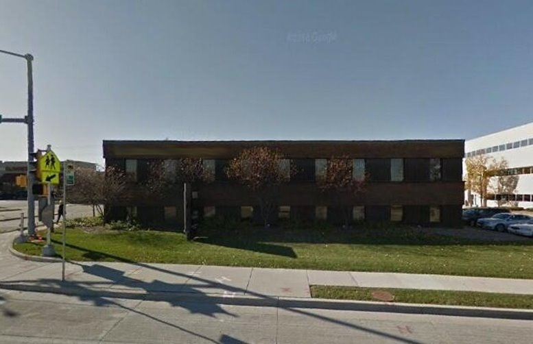 909 N Mayfair Rd, Wauwatosa Office Space - Milwaukee