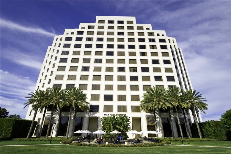 300 Spectrum Center Drive available for companies in Irvine