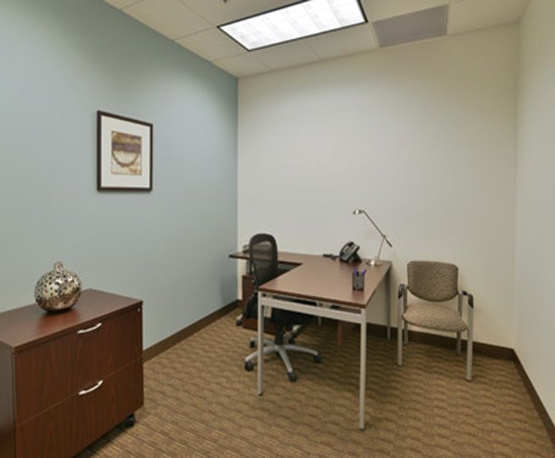 Picture of 16165 N 83rd Ave, Office Space available in Peoria