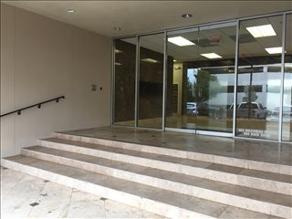 Photo of Office Space on 5555 West Loop South Bellaire