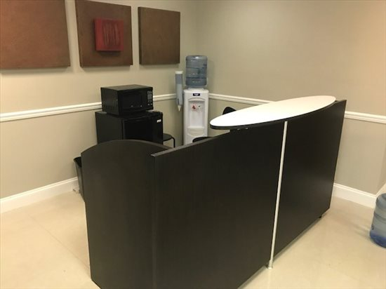This is a photo of the office space available to rent on 1640 W Oakland Park Blvd, Oakland Park