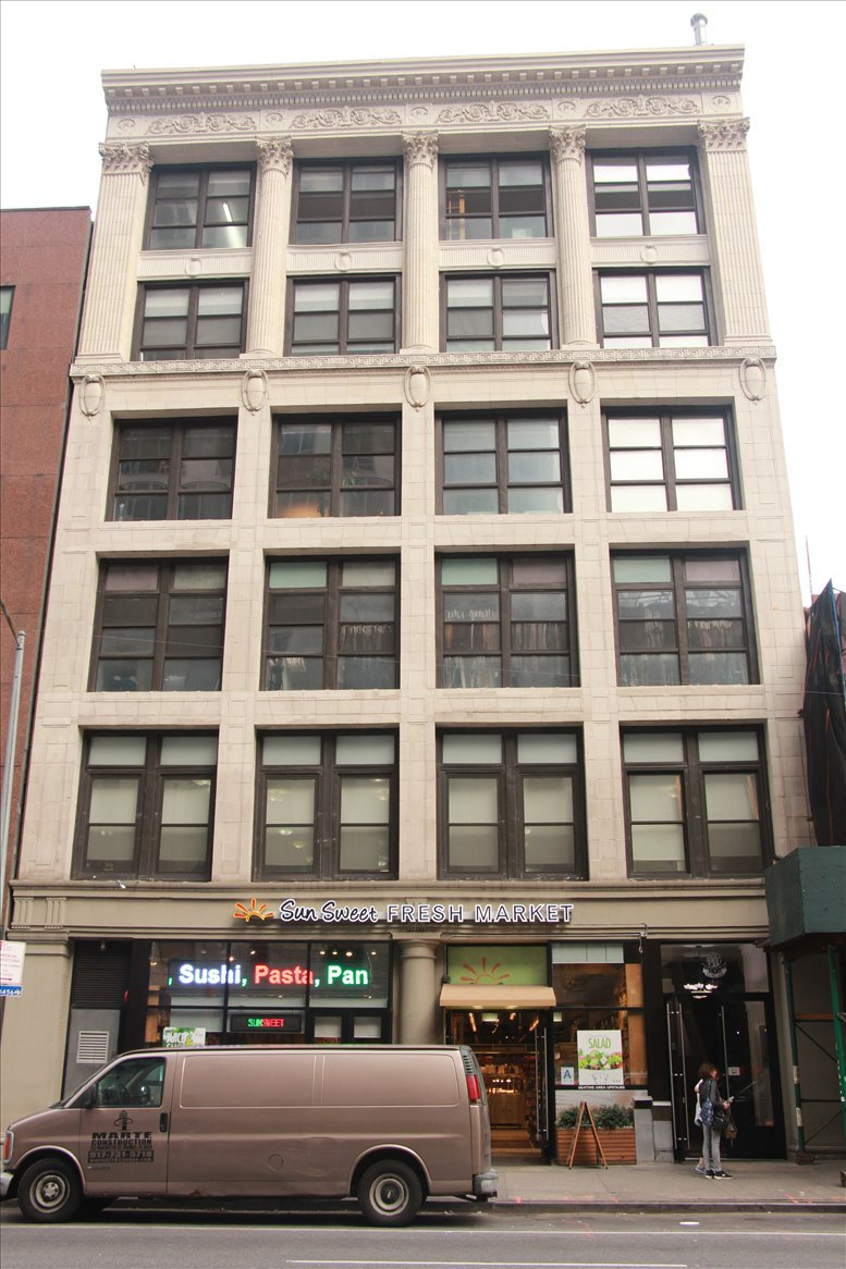 838 6th Ave available for companies in Manhattan