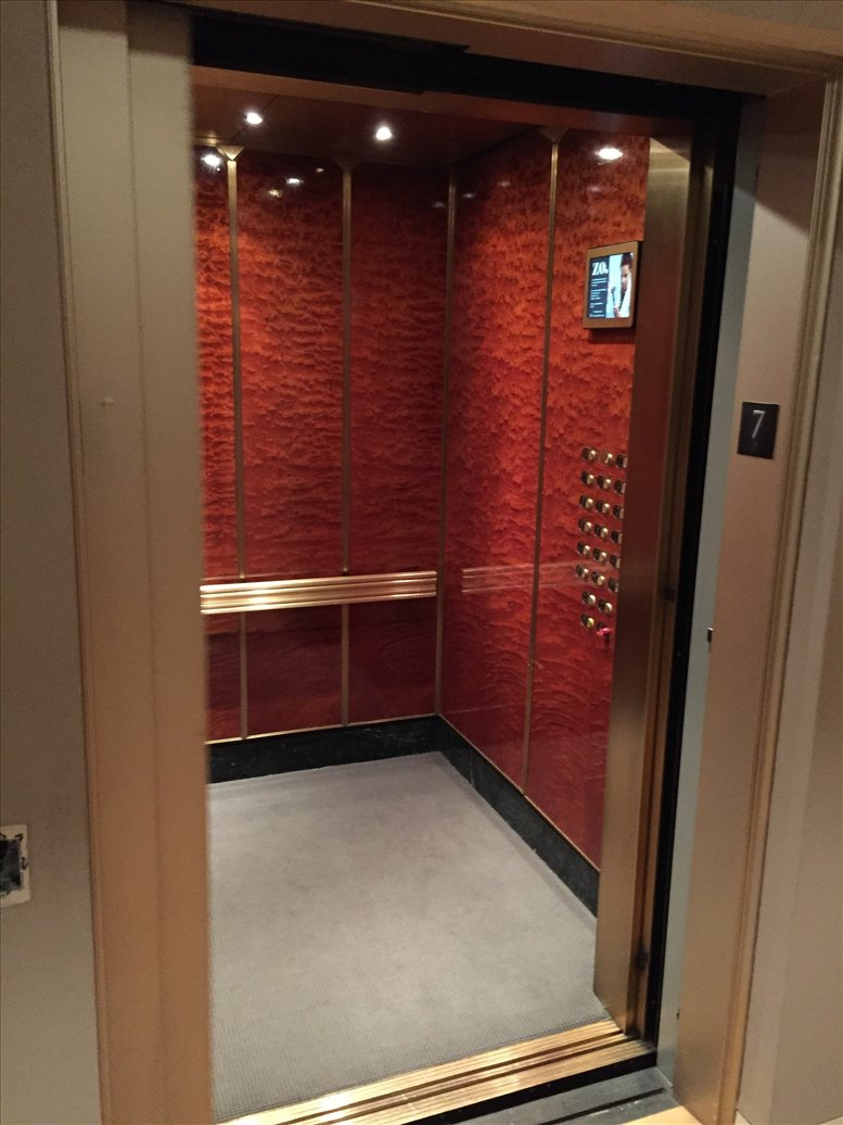 Photo of Office Space on 1270 6th Avenue NYC
