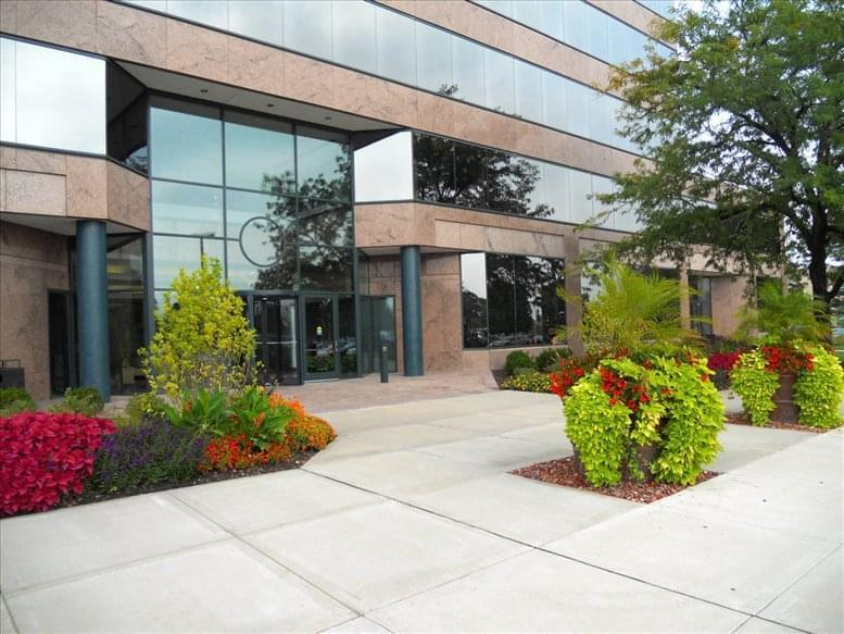 One Century Centre available for companies in Schaumburg