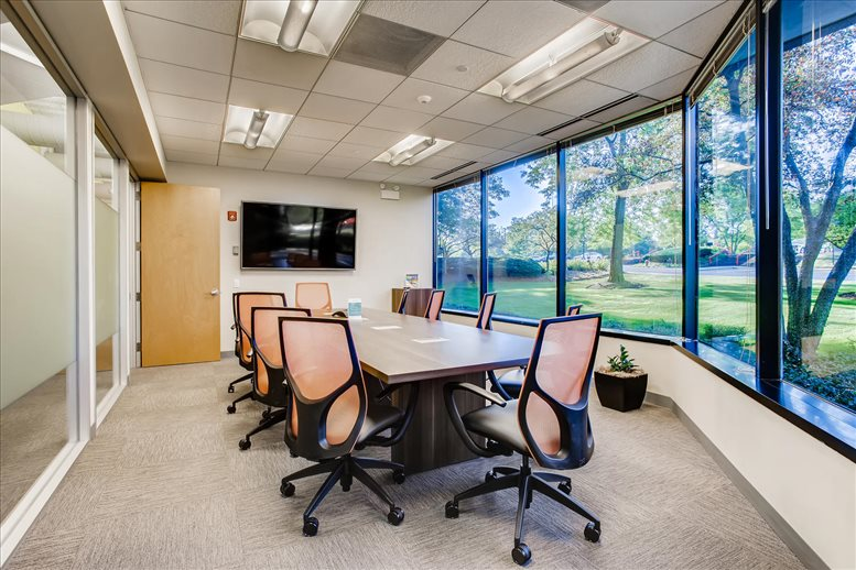 Corporetum Office Campus, 650 Warrenville Rd Office Space - Lisle
