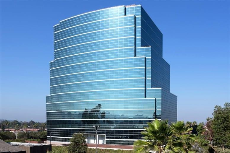 Barranca Office Tower available for companies in West Covina