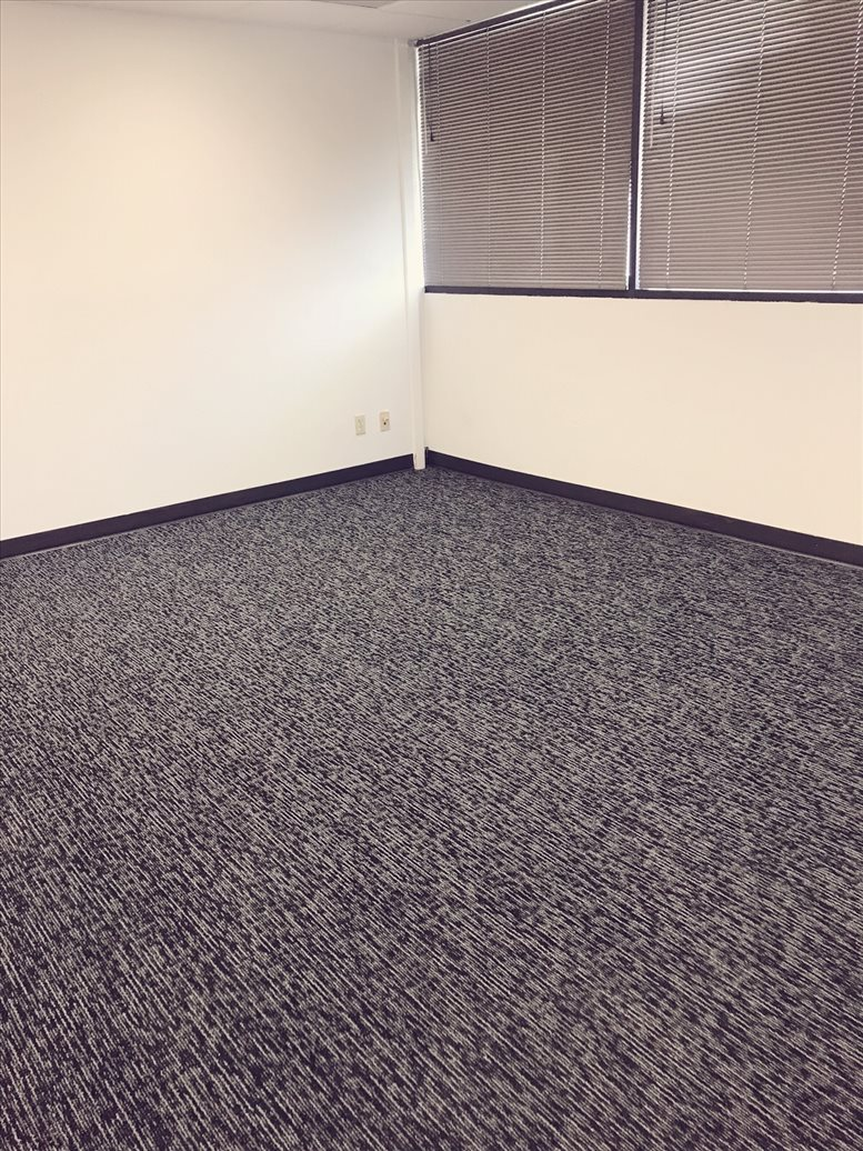 1326 H St, Downtown Office for Rent in Bakersfield