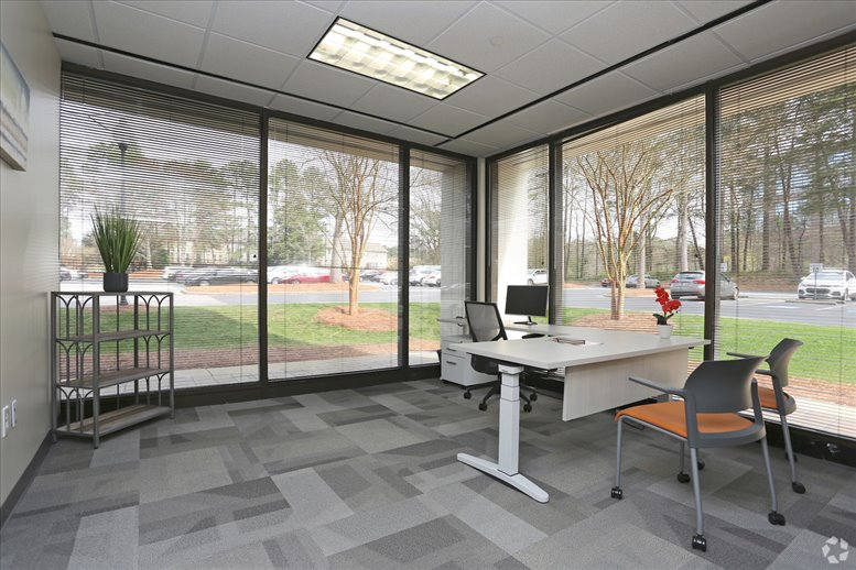 11720 Amber Park Dr available for companies in Alpharetta