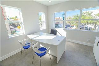 Photo of Office Space on 631 Lucerne Ave Lake Worth