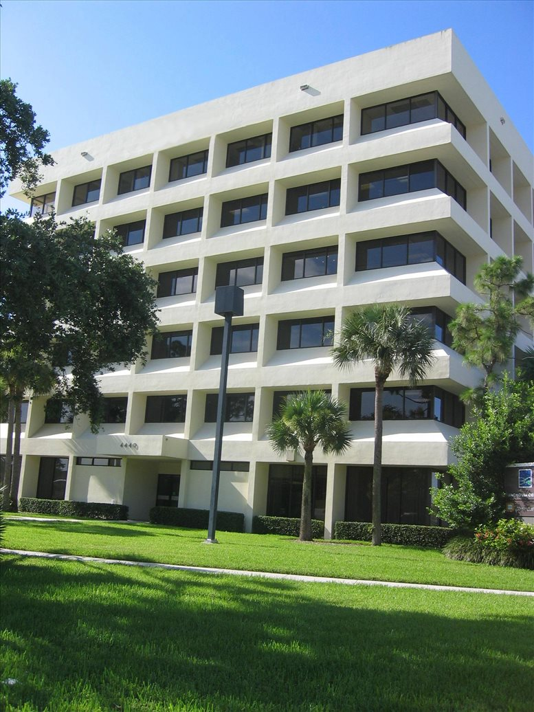 4440 PGA Boulevard available for companies in Palm Beach Gardens
