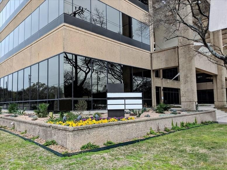 4040 Broadway St available for companies in San Antonio