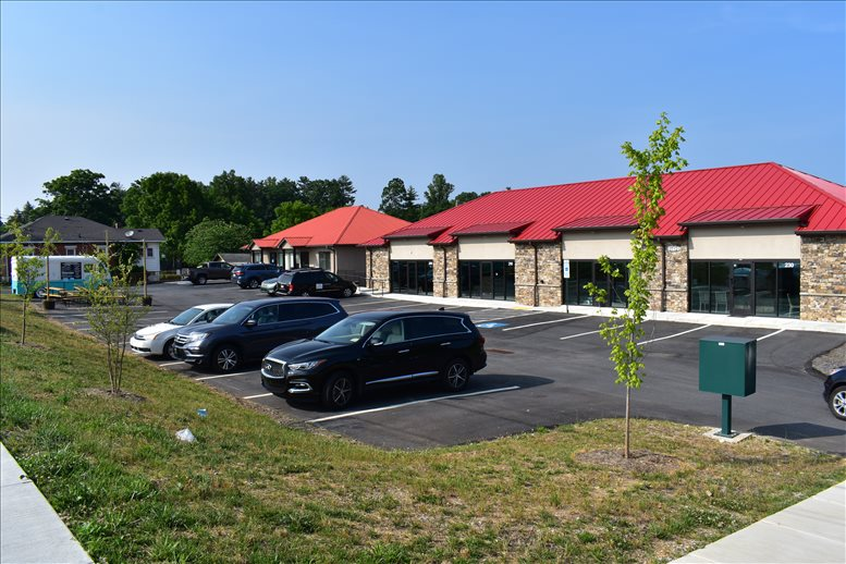 2712 Hendersonville Road available for companies in Asheville