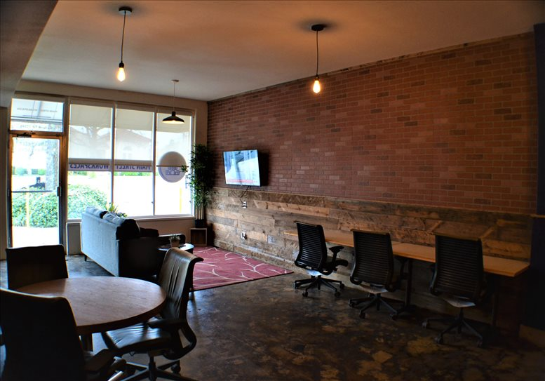 713 Main St, #B Office Space - Garland