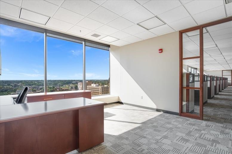 Photo of Office Space available to rent on 400 Texas Street, Shreveport