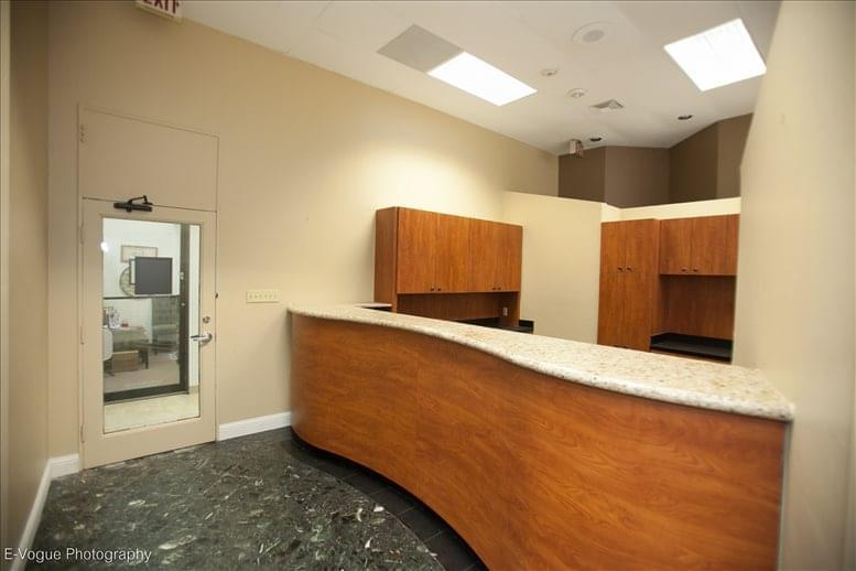 Richmond Tower, 6430 Richmond Ave Office for Rent in Houston