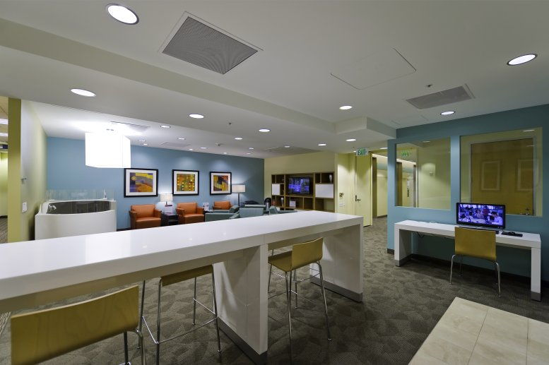 This is a photo of the office space available to rent on 505 Montgomery St, 10th & 11th Fl