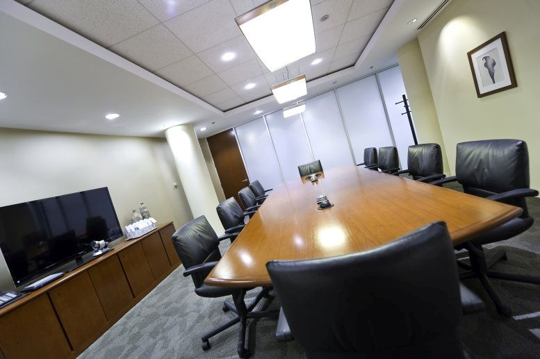 Two Pershing Square, 2300 Main St, Crown Center Office for Rent in Kansas City