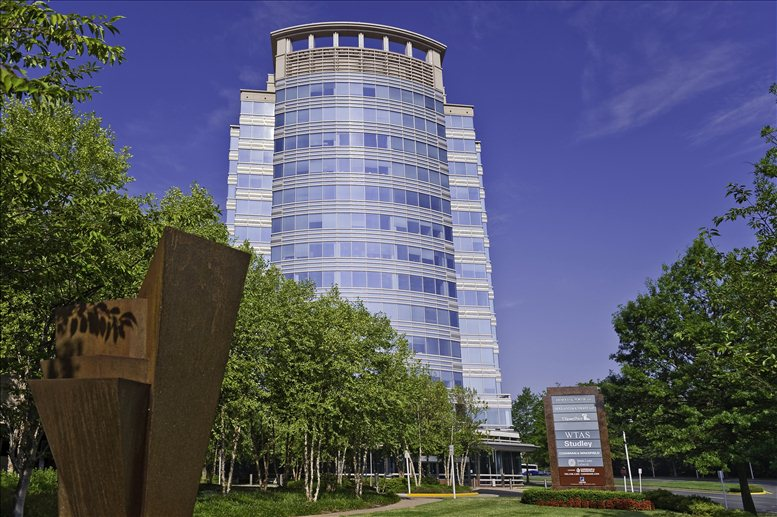 1600 Tysons Boulevard available for companies in McLean