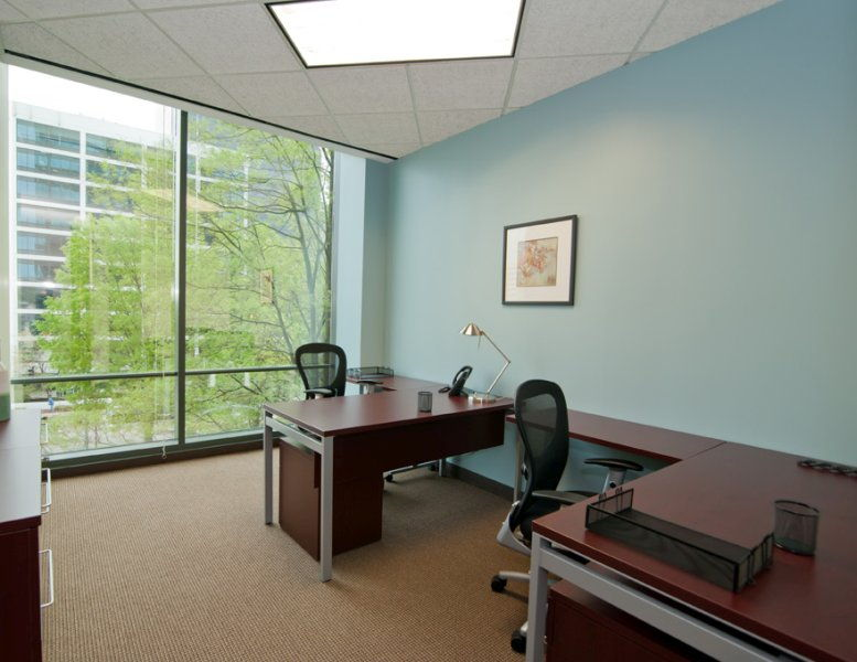 Buckhead Tower @ Lenox Square, 3399 Peachtree Road NE Office for Rent in Atlanta