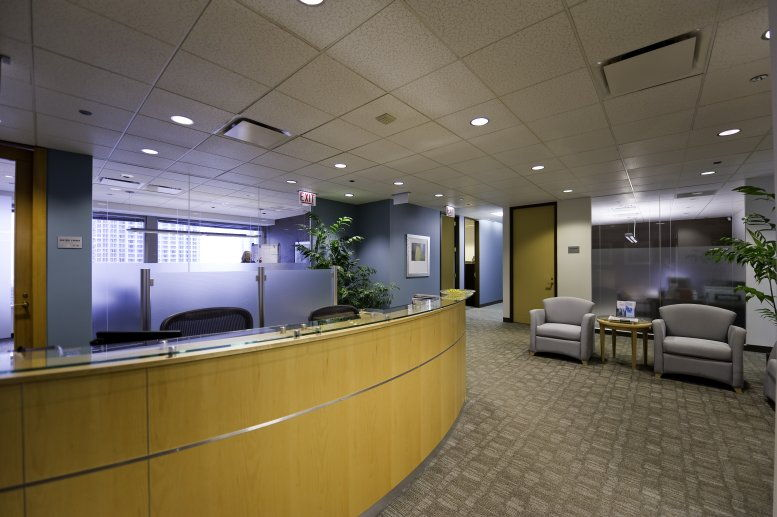Photo of Office Space on 401 North Michigan, Magnificent Mile Chicago