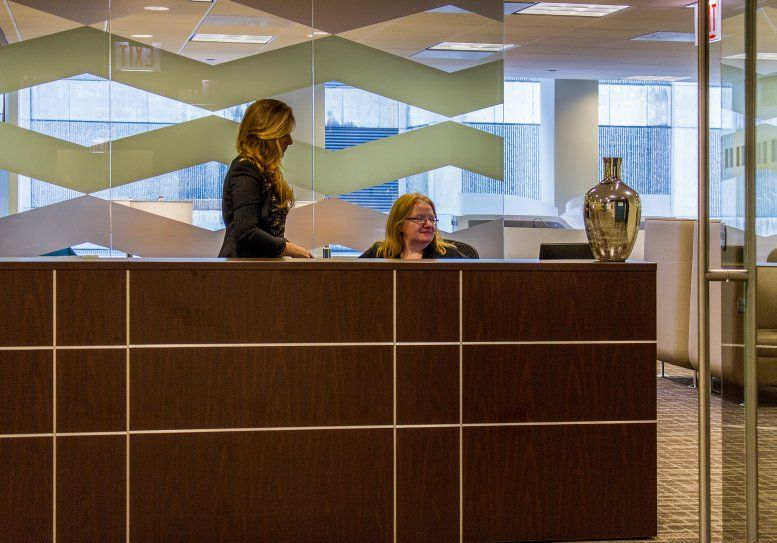 Photo of Office Space on Gateway Center I, 10 South Riverside Plaza, Suite 1800 Chicago