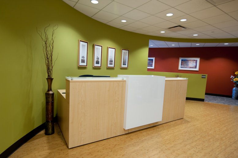 Photo of Office Space on Oak Brook Pointe, 700 Commerce Dr, Suite 500 Oak Brook